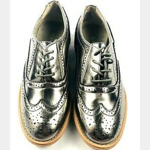 NEW Wanted pewter oxfords sz. 8.5